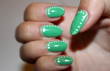 Essie Mojito & Maybelline Designer Nail Art Pen White