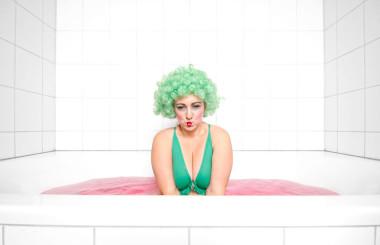 Plussize model bathtub shooting funky